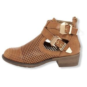 Wanted brown laser cut cutout ankle booties sz 10